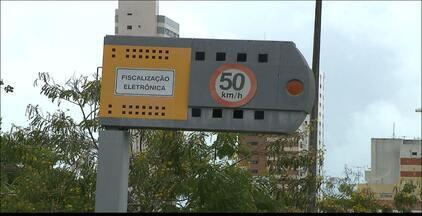Novos aparelhos de controle da velocidade serão instalados em João Pessoa - Vinte e três novos equipamentos serão instalados e mais de setenta faixas serão monitoradas.