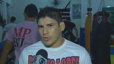 Amazonnese Dileno Lopes se prepara para duelo de MMA - Atleta lutará contra Soldado na Amazon Live Fair.