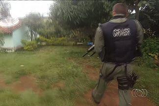 Polícia prende terceiro suspeito do assalto à modelo Lorrane, baleada na cabeça em Goiânia - Homem estava escondido em uma chácara em Bonfinópolis.