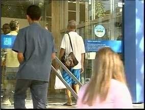 60% dos bancos de Valadares não cuprem lei dos 15 minutos, diz Ministério Público Estadual - Ministério investigou as agências durante três dias.