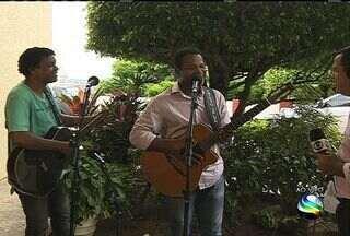 Chico Queiroga e Antônio Rogério falam de carreira - Cantores sergipanos falam sobre novo trabalho.