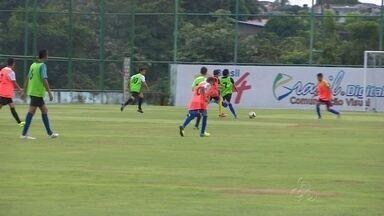 Escolinha de futebol de Manaus promove peneira - Evento foi realizado no campo do 3B, na Zona Central de Manaus.