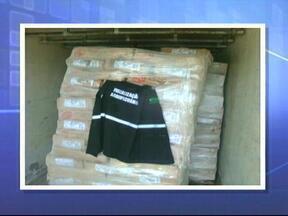 Carne vencida é apreendida em Novo Cabrais, RS - Caminhão com 7,5 toneladas ia para Santa Maria, RS