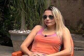 Modelo baleada se recupera e planeja casamento em Goiás: 'Nasci de novo' - Atingida em assalto, jovem diz que já consegue enxergar com olho ferido. Em vídeo exclusivo, Lorrane Melo conta que a maior preocupação foi o filho.