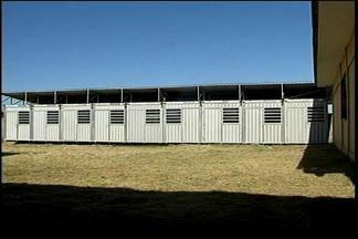 Alunos da rede municipal continuam se aula - O motivo é o atraso na entrega das salas modulares