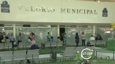 Jovem morre após cirurgia bariátrica e família fala em negligência médica - Uma jovem de São José dos Campos morreu após fazer uma cirurgia de redução de estômago. Para a família, ela foi vítima de negligência médica.