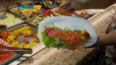 Saiba como fazer um prato saudável em restaurantes por quilo - É possível fugir das tentações e se alimentar bem