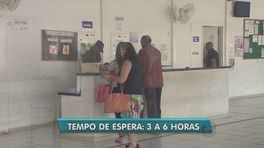 Falta de médicos atrasa atendimento em Campinas - A falta de médicos em prontos-atendimentos de Campinas é uma das causas na demora no atendimento de pacientes na cidade. O Jornal da EPTV visitou três dessas unidades para mostrar a situação.