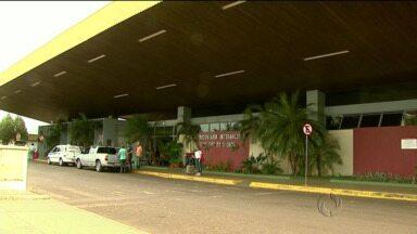 Bandidos arrombaram guiches da rodoviária de foz na madrugada de domingo - No total, oito empresas foram lesadas pela ação dos bandidos.