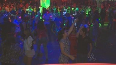 Festa 'Studio Disco' revive 'De volta ao tempo das discotecas' em Manaus - Festa contou com músicas dos anos dourados da Disco. A noite foi embalada pelos DJs Raidi Rebello, Fernando Araújo e Aluízio Júnior