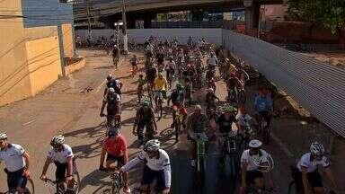 Ciclistas participam do Pedal Centro América em Cuiabá - Ciclistas participaram do Pedal Centro América em Cuiabá.