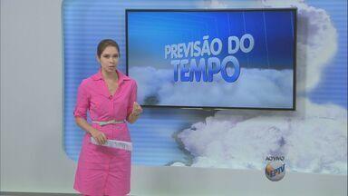 Região tem sol entre nuvens nesta quarta - A região de Campinas permanece com tempo nublado nesta quarta-feira (2) e pode chover no final desta tarde.
