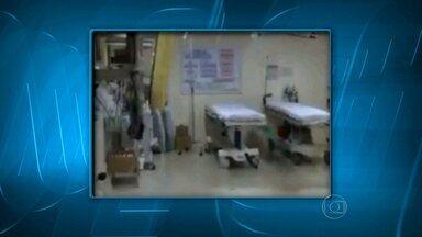 Chuva alaga setores do Hospital de Pronto-Socorro João XXIII - A água invadiu a sala que recebe os casos de emergência e que precisam de atendimento imediato.