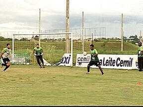 Uberlândia e Democrata GV fazem jogo decisivo no Parque do Sabiá - Equipes somam 10 pontos na tabela do Módulo II do Mineiro, separadas apenas pelo número de gols marcados. Jogo é nesta quarta-feira, às 20h, no Parque do Sabiá