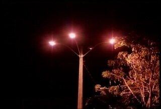 Problema de iluminição de uma praça em Montes Claros foi solucionado - Situação foi resolvida na última terça-feira (8).