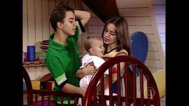 Reveja Sandy como mamãe no seriado Sandy & Junior - Momento foi ao ar em 1999