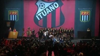 Na festa do Paulistão 2014, Ituano volta a levantar a taça de campeão - Cerimônia contou com a presença do técnico da seleção brasileira, Luiz Felipe Scolari