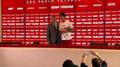 São Paulo apresenta volante Hudson - Jogador foi destaque do Botafogo-SP no Campeonato Paulista