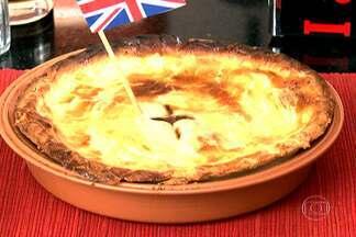 Disputa de pratos típicos das seleções tem receitas da Austrália e da Inglaterra - No Copa & Cozinha Austrália e Inglaterra entram em campo com receitas de carne. O prato inglês é um tipo de torta. Já a receita australiana é uma espécie de churrasco misto.