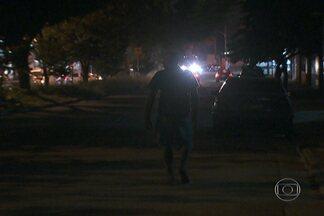 Moradores reclamam da falta de iluminação na Zona Leste - A falta de iluminação pública coloca em risco os moradores de Cidade Líder, na Zona Leste. Segundo os moradores, essa situação está assim há 20 anos.