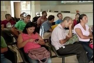 Foi preciso paciência para quem necessitou de atendimento médico nesta segunda-feira - Procura por atendimento foi grande nos hospitais de Montes Claros, e demora incomodou muita gente.