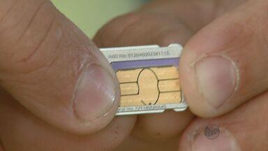 Operadoras obrigam consumidor a mudar de plano para trocar o chip normal por um menor - Operadoras obrigam consumidor a mudar de plano para trocar o chip normal por um menor