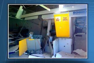 Três caixas eletrônicos são explodidos na cidade de Gentio do Ouro - Confira esta e outras novidades no giro de notícias desta segunda.