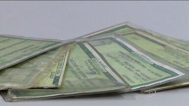 Mais de 100 pessoas registram a perda de documentos todos os dias, na Grande Vitória - Depois de feriados, esse número aumenta, segundo a polícia.
