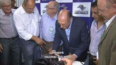 Geraldo Alckmin assina convênio com a Santa Casa em Franca, SP - Governador de SP teve compromissos em Buritizal e visitou obras da duplicação da Rodovia Fábio Talarico.