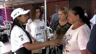 Ação Global acontece em 26 cidades do país - Este sábado (26) é dia de Ação Global Nacional em 26 cidades de todo o Brasil. O evento tem como tema as mulheres e a qualidade de vida para a família. Entre os serviços oferecidos estão a emissão de documentos, cortes de cabelo e até massagem.