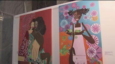 Obras de artista plástico brasileiro ficam expostas no Palácio da Polícia - Exposição fica aberta para o público até o dia 19 de maio.