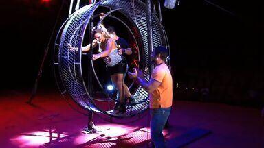 Valesca Popozuda encara desafio no circo (Bloco 02) - Cantora também fala sobre carreira e planos.