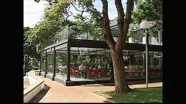 Maior biblioteca pública do estado está de cara nova - O ambiente foi totalmente repaginado para atrair mais leitores. A biblioteca fica em Lençóis Paulista, conhecida como a Cidade do Livro.