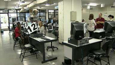TRE-MG faz plantão para eleitores regularizarem situação - Prazo para normalizar pendências termina no dia 7 de maio.