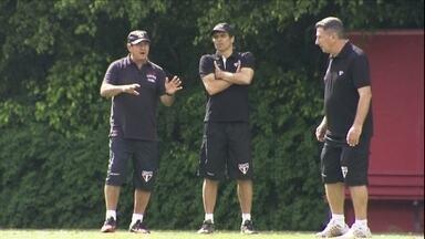 Ganso e Boschilia vão para o banco no São Paulo - Muricy promove entradas de Osvaldo e Pabón entre os titulares