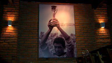 Comerciantes de Cuiabá inovam e investem em produtos para a Copa - Os comerciantes de Cuiabá estão investindo em produtos para a Copa.
