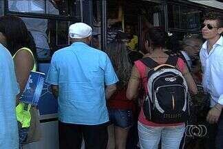 Reajuste da passagem de ônibus entra em vigor e usuário espera por melhorias - Com a entrada em vigor do aumento da passagem de ônibus na Grande Goiânia, o usuário agora espera pelas melhorias no sistema.