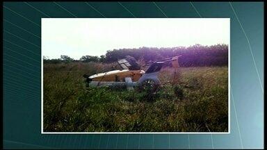 Equipe investiga queda de helicóptero da PRF - Uma equipe do Centro de Prevenção de Acidentes Aeronáuticos esteve em Luziânia para investigar a queda de um helicóptero da Polícia Rodoviária Federal. Algumas peças da aeronave foram retiradas para análise.