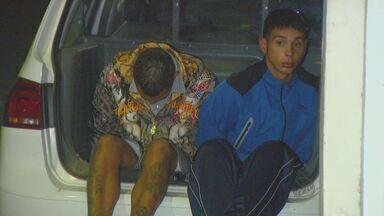 Dois são presos com drogas em Campinas na Vila União - Dois são presos com drogas em Campinas na Vila União. Segundo a polícia, eles eram responsáveis pela embalagem do entorpecente.