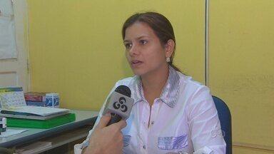 Família da professora baleana semana passada ainda tema pela segurança da vítima - A FAMÍLIA DA PROFESSORA BALEADA NA SEMANA PASSADA AINDA TEME PELA SEGURANÇA DA VÍTIMA. A ACUSADA POR TER EFETUADO OS DISPAROS CONTINUA FORAGIDA. A VÍTIMA JÁ TINHA DENUNCIADO A AGRESSORA EM JANEIRO.