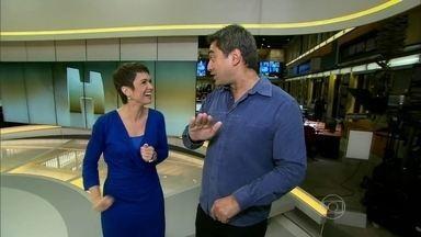 Zeca Camargo acompanha Sandra Annenberg nos bastidores do Jornal Hoje - Confira o que rola no telejornal por trás das câmeras