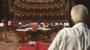 Concerto arrecada fundos para recuperar oficina de instrumentos musicais - Oficina de João Batista foi destruída por um incêndio e ele ficou sem trabalhar.