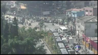 Quatro manifestações marcam a manhã de quarta em São Paulo - Repórter mostra terminal da Capelinha vazio