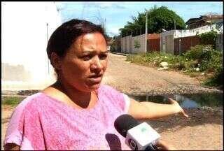 Moradores reclamam da infraestrutura das ruas do Bairro Tiradentes - Bairro fica localizado em Juazeiro do Norte.