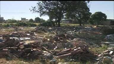Áreas de lazer de Guariroba, em Ceilândia, estão abandonadas - Moradores reclamam e pedem revitalização das áreas destinadas ao lazer.