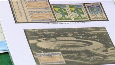 Fã da Copa do Mundo, homem tem coleção de objetos sobre a competição - Quem quiser ver de perto a coleção de selos do Mário e outros objetos, pode ir a Exposição Nacional de Colecionismo, que acontece nesta sexta e sábado.