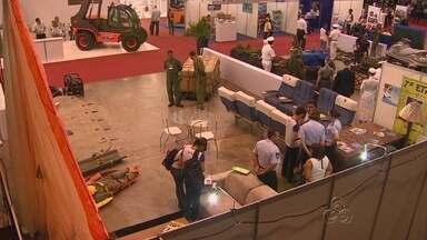 Empresários do transporte e logística se reúnem durante evento, em Manaus - Abertura ocorreu nesta quarta-feira (21), no Studio 5 Centro de Convenções; mais de três mil já se inscreveram para participar da 2ª Transpoamazônia.