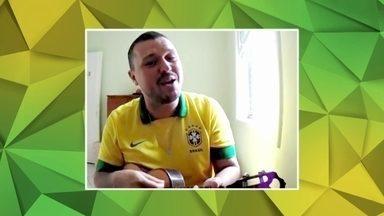 Fernando Negrão é o grande campeão do 'Taça na raça, você na Globo' - Fernando Negrão, de Santos, atacou com o maior sambão e venceu a competição.