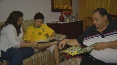 Família em Manaus recorda momentos marcantes vividos durante Copa - Faltam 13 dias para o início dos jogos da Copa no Brasil.