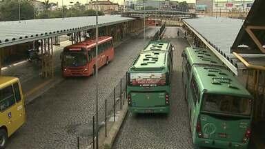 Acaba a mais longa greve no transporte coletivo de Ponta Grossa - A decisão foi tomada nesta madrugada mas as propostas ainda dependem de aprovação dos vereadores para que tudo seja resolvido.